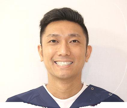 歯科医師 荒尾隆太郎